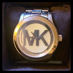 Michael Kors MK logo watch- gold.
